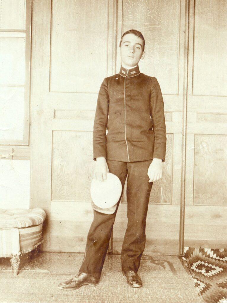 Ion Pillat, fotografie din Arhiva Muzeului Național al Literaturii Române din București